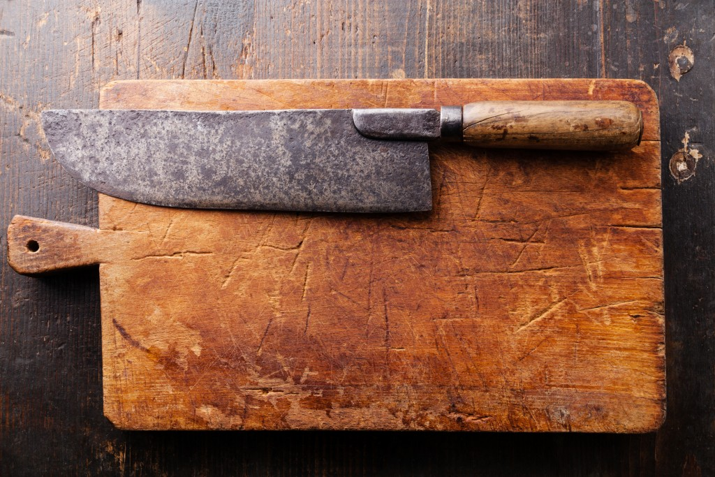 Rustic chopping board