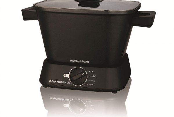 Sear and Stew Compact Slow Cooker
